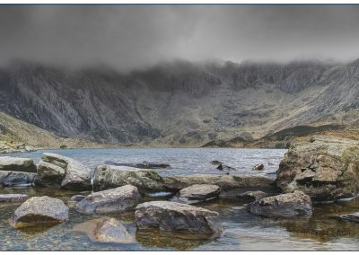 Cwm Idwal Ac Twill Du (Devil'S Kitchen)-Gary Wood