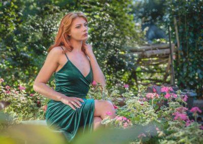 Garden Beauty-Ian Waite