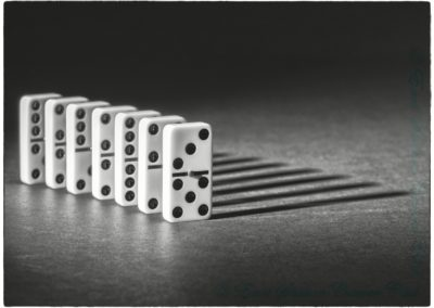 Dominoes-Paul Steans