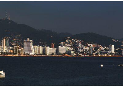 Acapulco In Moonlight-Geoff Whitelocks