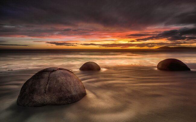 Boulder Beach-Julie Holbeche-Maund