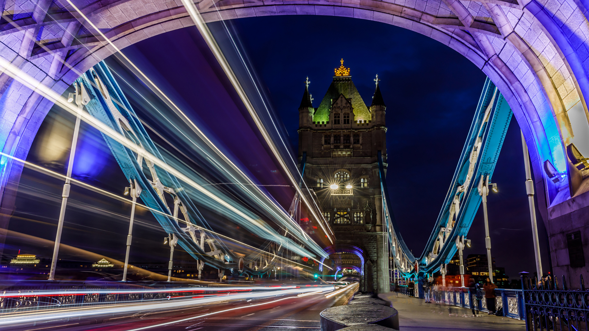 Nightime On Tower Bridge by Steve Bexon